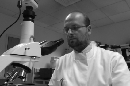 005: As a Wellcome Trust PhD-candidate in Neuropathology at the Institute of Cardiovascular and Medical Sciences of the College of Medical, Veterinary and Life Sciences of the University of Glasgow.